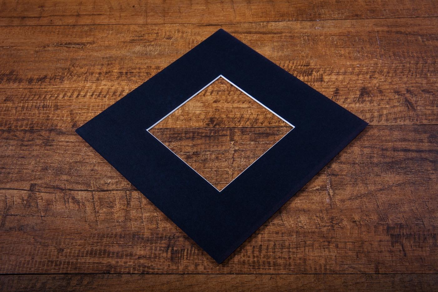 Black Mount Board